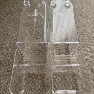 新品未使用HOEI飛び散り防止カバーつき餌、水入れ