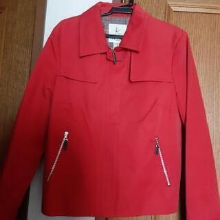赤いジャケット