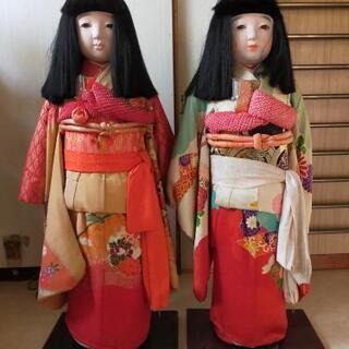 日本人形もらってください。
