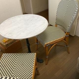 ガーデン風テーブル チェア2脚付き