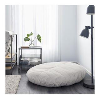 IKEA・イケア DIHULT プーフ