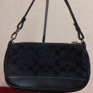 5MKO342   COACH ハンドバッグ コンパクト 黒 シンプル
