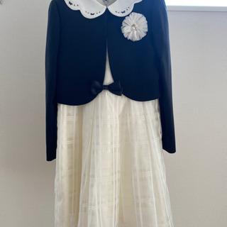【ネット決済】女の子の式服 130センチ