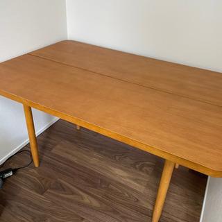 unico ダイニングテーブル、