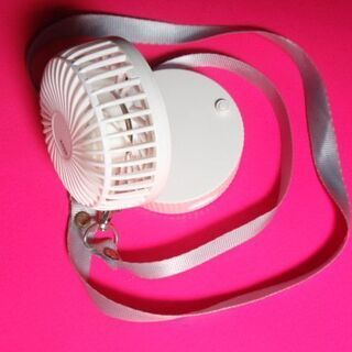 【ネット決済・配送可】★首掛け扇風機 USB扇風機 ポータブル扇...