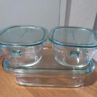 Iwaki  耐熱ガラス 保存容器 3点set