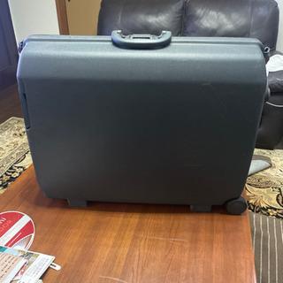 サムソナイトのスーツケース