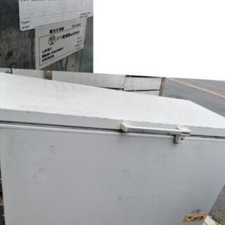 三ツ星貿易の冷凍庫ジャンク品