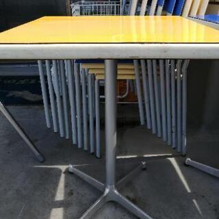洋風テーブル2