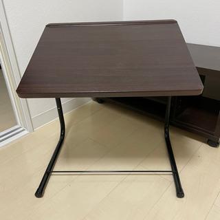調節可能折り畳みサイドテーブル