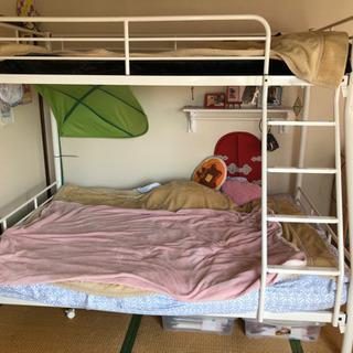 (取引中)上段がシングル、下段がフルサイズの2段ベッド