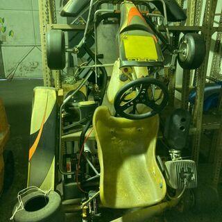 CRGレーシングカート 車体 整備ベース