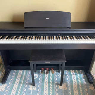 電子ピアノ(YAMAHA)