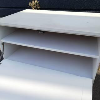 【051703】収納 サイドボード TV台 白 幅56.5㎝ 奥行36㎝ 高さ55㎝【引取限定】  - 家具