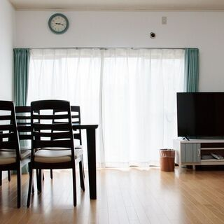 【初期費用0円!】シェアハウス7.5畳洋室【DIY🛠&ペッ…
