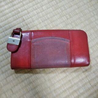 シーバイクロエ 赤い財布