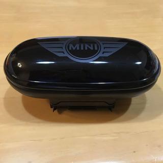 MINI R60 純正 メガネケース サングラスケース