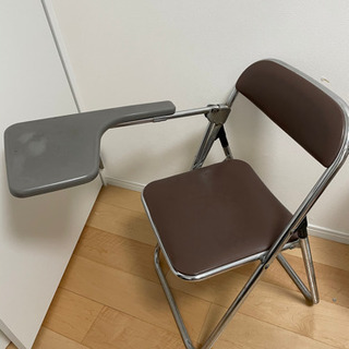 パイプ椅子 テーブル付き 2脚で300円