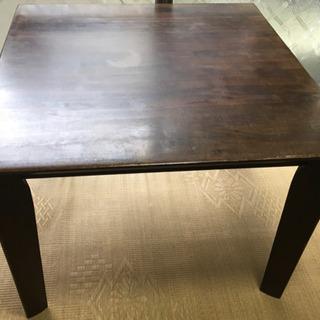 (値下げ)正方形のテーブル