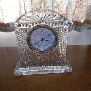 美しく時を刻む! クリスタルガラス 置時計(中古・良品)