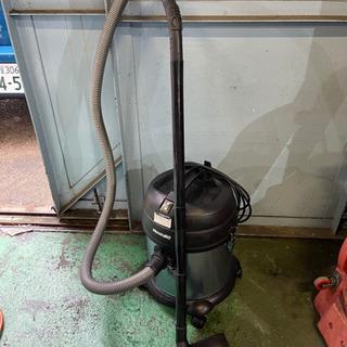 乾湿両用 掃除機 業務用  吸込仕事率 200w