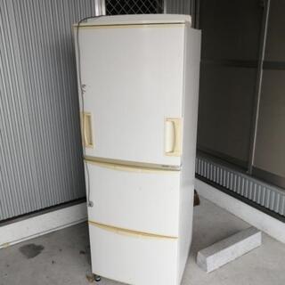 不要の冷蔵庫2007年式0円