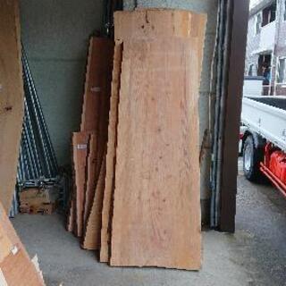 無垢のテーブル天板  杉 厚45~60  長2000  幅700...