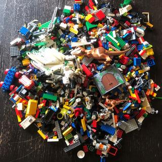 LEGO 大量