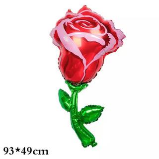 大きな薔薇のバルーン