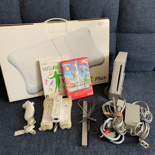 Wii 本体&ソフト2つ