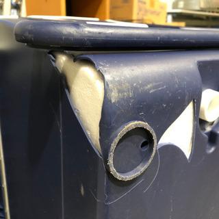 PROFIT ウィングクーラーボックス ※底に割れあり。【C5-520】① - 熊本市