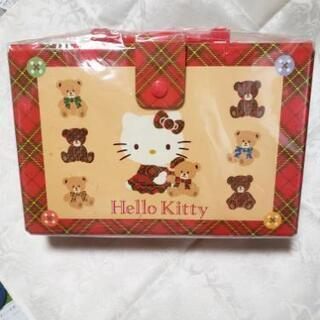 値下げしました‼️Hello Kittyの箱😻