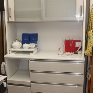 ★ニトリ キッチンボード 食器棚(ポスティア120KB-WH)★...