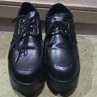 (お値下げ!)レザー調 軽量厚底靴 23cm【新中古】