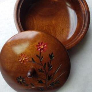 【値下げ】木製お茶菓子入れ