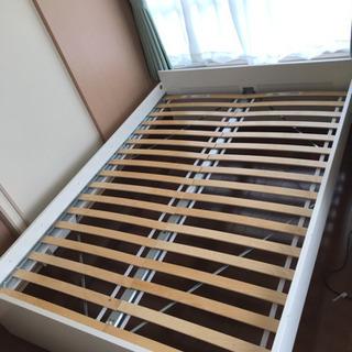 IKEA BRIMNES ダブルベッドフレーム(5000円より値...