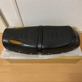 【ネット決済・配送可】CB400F 純正シート ヨンフォア ホン...