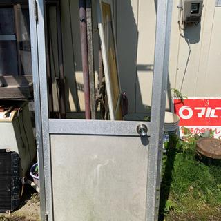 アルミサッシ、ドア