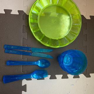 プラスチック皿 コップ