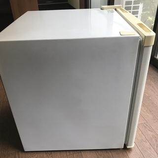 小型 冷蔵庫 46L − 京都府