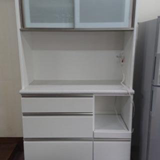 食器棚 キッチン収納 2分割 ホワイトです^ ^