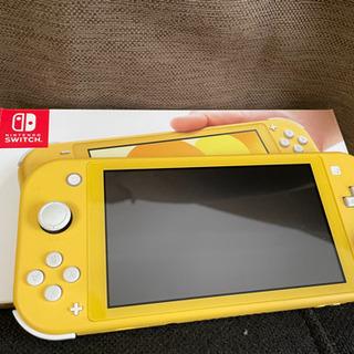 Switch ライト黄色 あつ森セット可プラス3000円使用半年中古