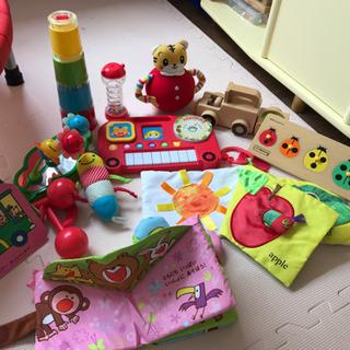 0歳 1歳 おもちゃ
