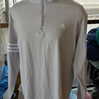 adidas 長袖Tシャツ