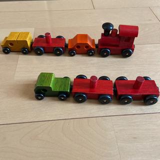 木製 電車 置物