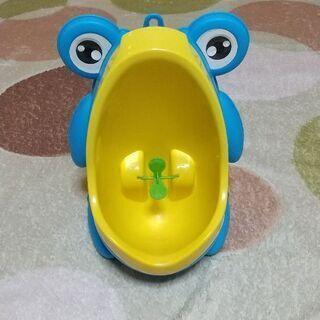 男児用トイレトレーニング小便器
