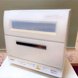 Panasonic 食器洗い乾燥機 NP-TR8-W 2015年...