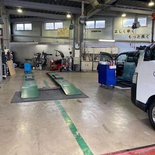 【下関市】車の整備!整備しやすい最新の環境で仕事が出来ます!