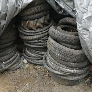 廃タイヤ 種類多数 少しからでもいるだけどうぞの画像