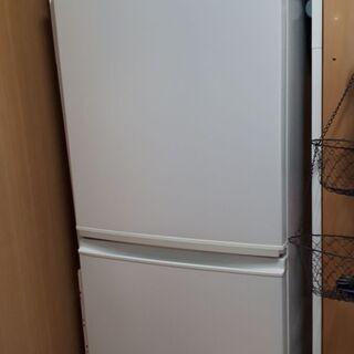 冷蔵庫 一人暮らし 137L シャープ 譲ります